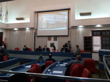 Após manifesto, imprensa comparece em sessão da Câmara de Cotia