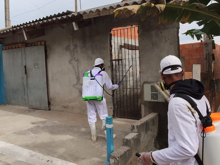Equipes da Operação Desinfecção passam pelos bairros de Cotia