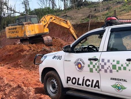 Cotia: Polícia Ambiental flagra loteamento irregular e descumprimento de embargo no Jd do Engenho
