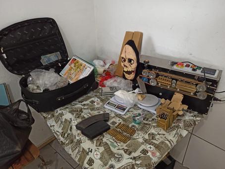 Durante operação, policiais do 5ºBaep apreendem drogas e prendem procurado pela Justiça