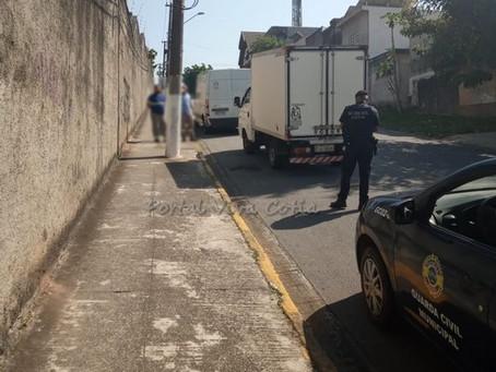 Cotia: Guarda Civil prende indivíduo após roubo de carga no Recanto Suave