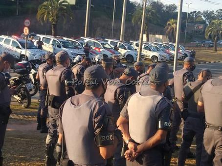 Polícia Militar realiza operação em Cotia