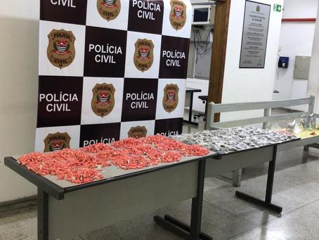 Barueri: Polícia Civil prende dupla com mais de 3 mil porções de drogas