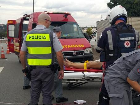 Acidente de moto deixa vítima grave no km 29