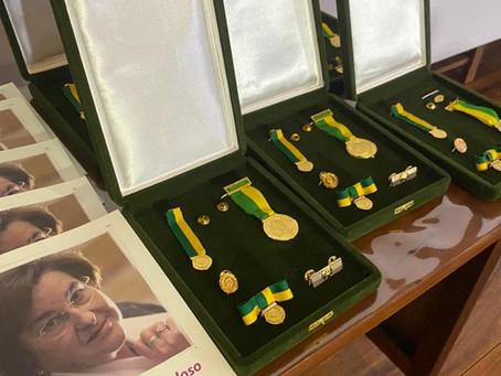 Barueri: Luta pelos direitos femininos rende medalha a Secretária da Mulher