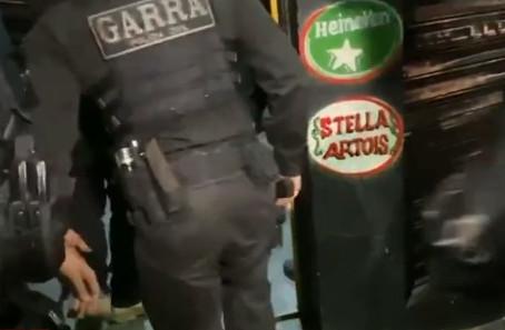 Carapicuíba: Blitz interrompe balada ilegal com mais de 100 pessoas