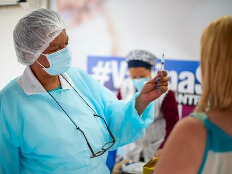 Cotia: Amanhã(15) e segunda(17), Saúde aplicará a 2ª dose da coronavac em trabalhadores da educação
