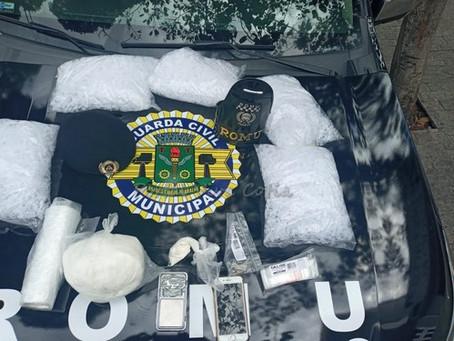 Osasco: Guarda Civil apreende drogas com adolescente no Jd. Piratininga