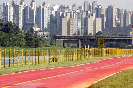 Governo de SP reabre ciclofaixa da Marginal Pinheiros