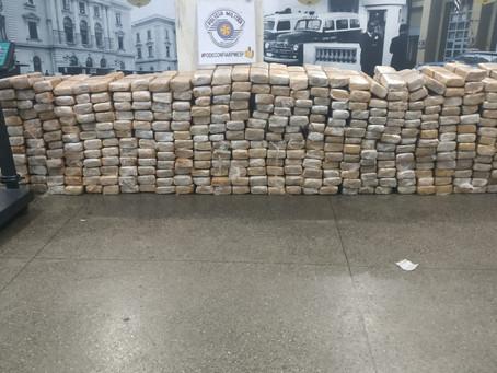 Carapicuíba: Policiais Militares apreendem grande quantidade de drogas