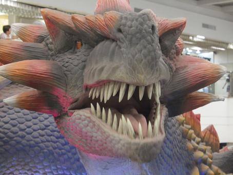 Dragões gigantes invadem o Raposo Shopping