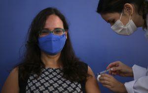 São Paulo antecipa a vacinação de profissionais da Educação Básica de 18 a 44 anos