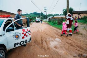 Ibiúna: Policiais militares se unem e arrecadam brinquedos e doces