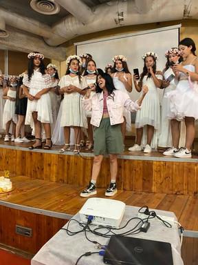 מגשימים חלום ל 37 בנות מצווה עם לישי סלמאן