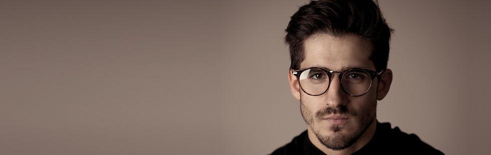 Kolekcja modnych, męskich okularów korekcyjnych w bboptic.
