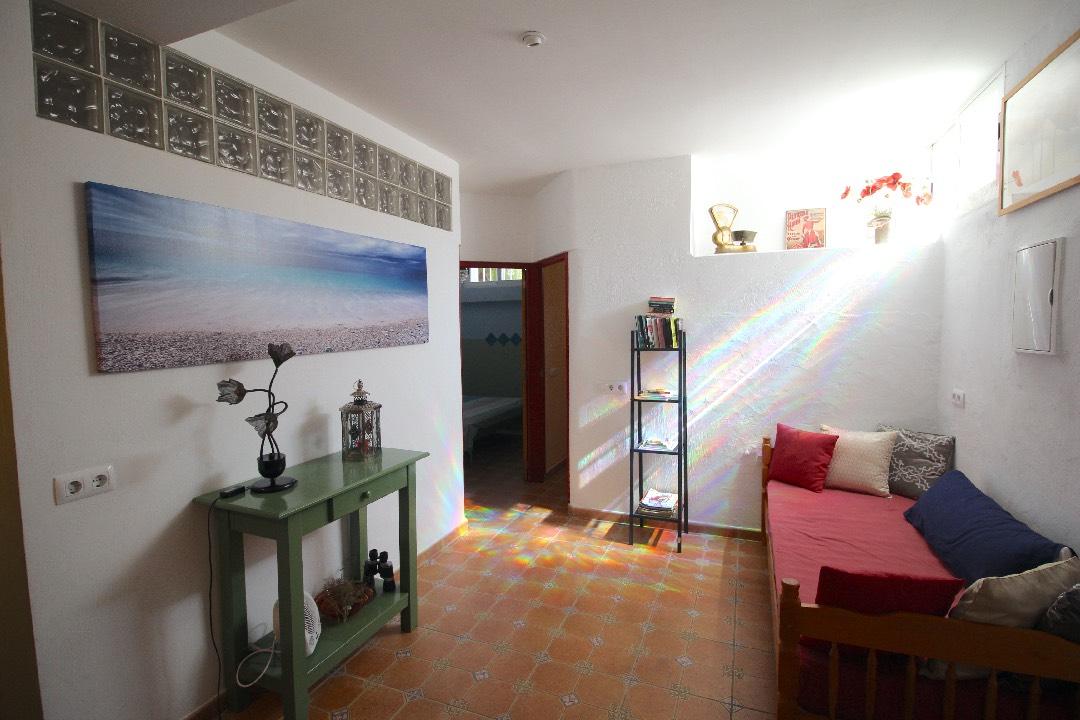 appartement-richting-slaapkamers-gezien