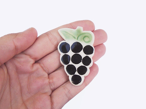 Ceramic Brooch: Grapes