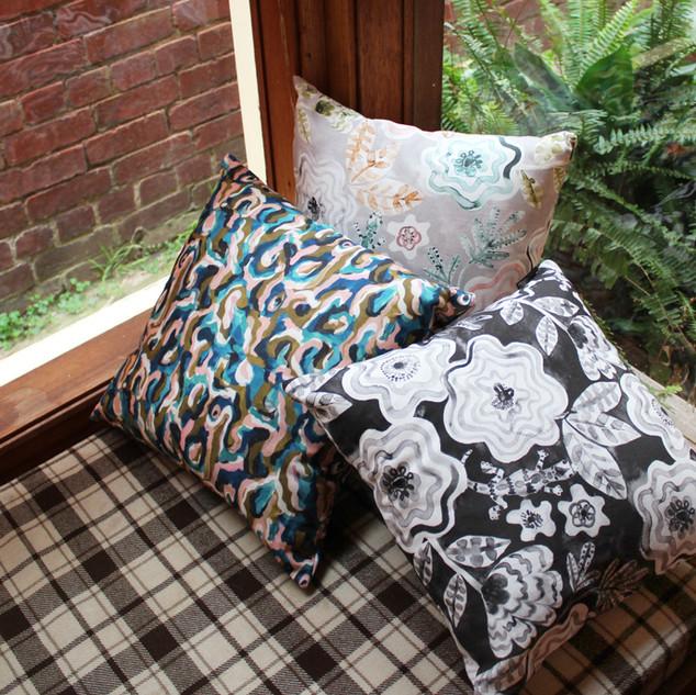 7_cushions.jpg