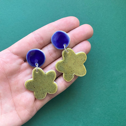 Bloom Ceramic Drop Earrings: Cobalt with Olive Speckle