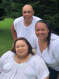 family_trio_portrait_pearl_proctor_MD