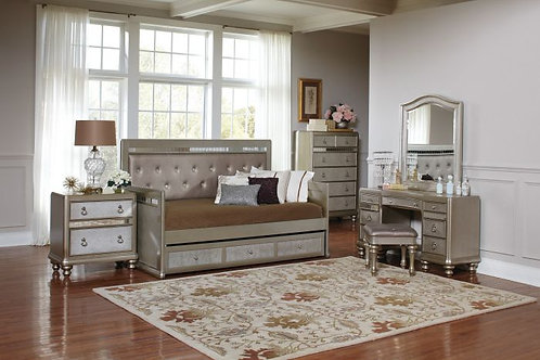 BLING GAME COLLECTION 4PCS TWIN DAYBED