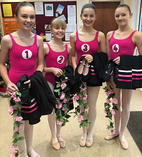 Ballet%20exam%20group%20image%20Rose%2C%