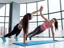 friends-fitness-apps.jpg