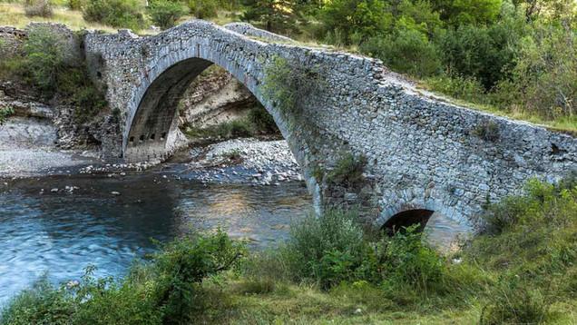 Thorame-pont.jpg