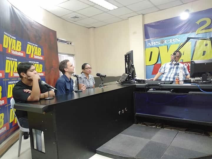Giving an interview on Dyab's televised radio show in Cebu
