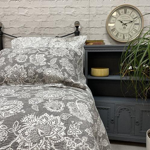 Eva Bedspread