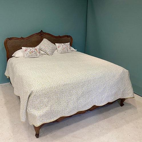 Large Kingsize - Antique Caned Bed - OC005