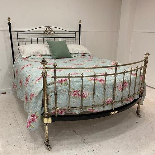 Kingsize - Winfield Brass & Iron Bed - OM106