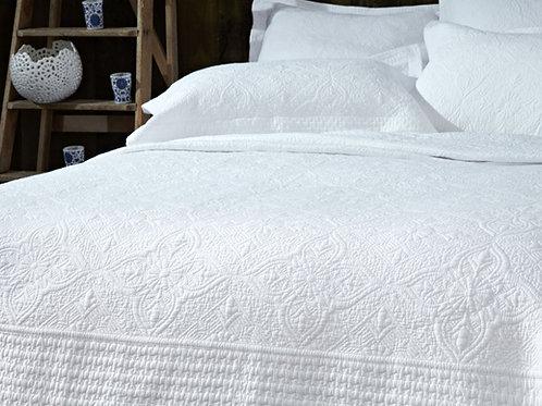 Windsor White Bedspread