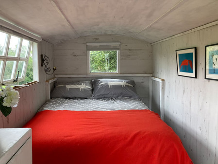 Cosy Shepherds Hut.jpeg