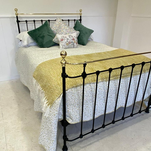 Double - Victorian Brass and Iron Bed - OM122