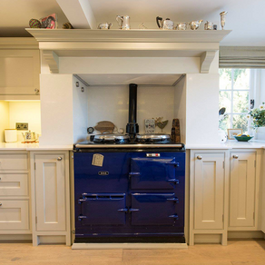 Country Cottage Kitchen - Thursley, Surrey