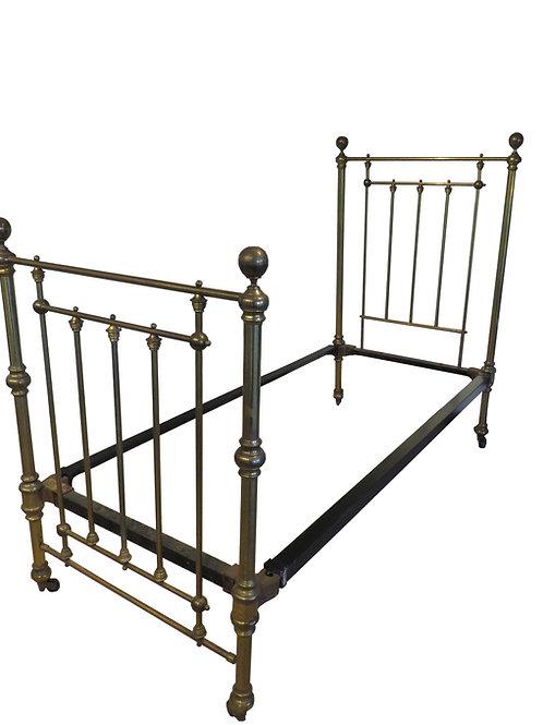 English Victorian Brass Bedstead – OM019