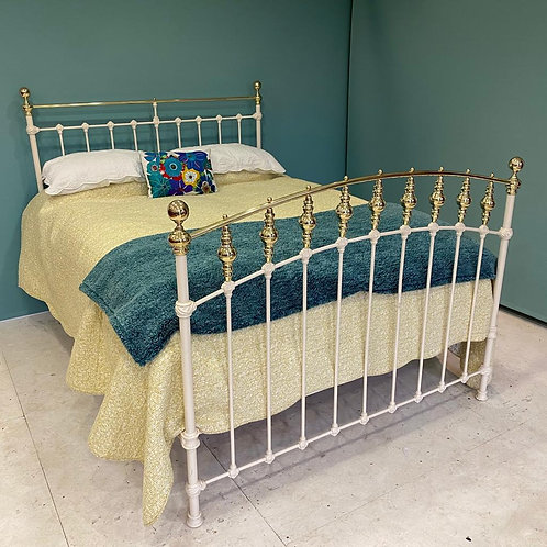 Kingsize - English Victorian Brass & Iron Bed - OM128