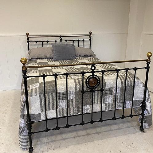Kingsize Antique Brass Bed - OM108