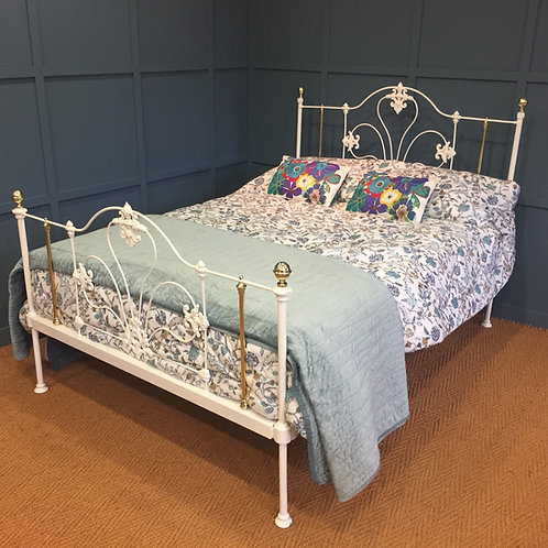 Double - English Victorian Bed - OM151