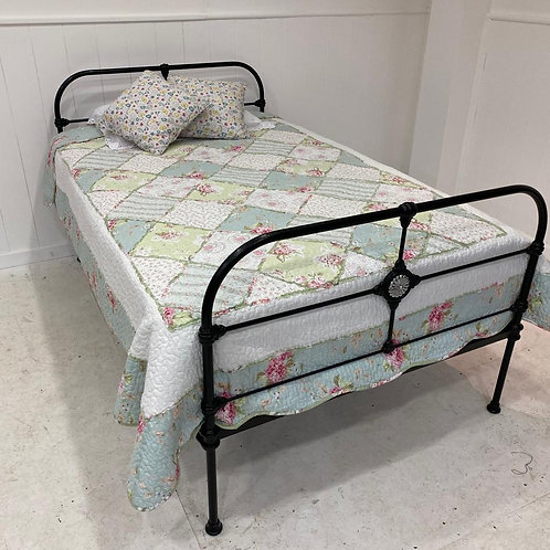 Double 4ft - Antique Irish Cottage Bed - OM121
