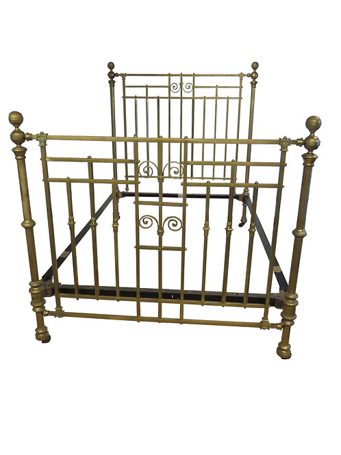 Antique Brass Bedstead – OM017