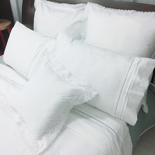 White Duvet Cover With Broderie Anglaise Trim