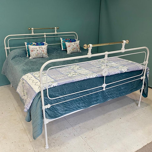 Superking - Antique Iron Irish Cottage Bed - OM141