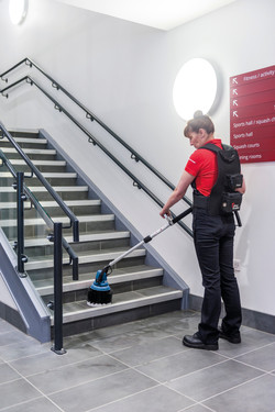 Stair and edge cleaning