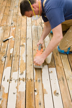 Sanding a deck to be re-stained