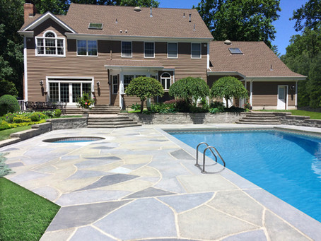 How much does it cost to resurface a concrete pool deck?