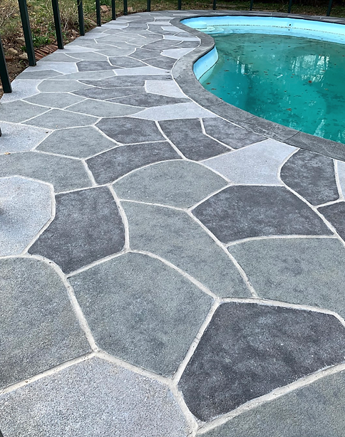 RenuKrete Classic Flagstone, Color Theme: Granite Slate