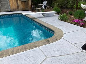 Concrete Pool Deck Classic - Granite Boulder