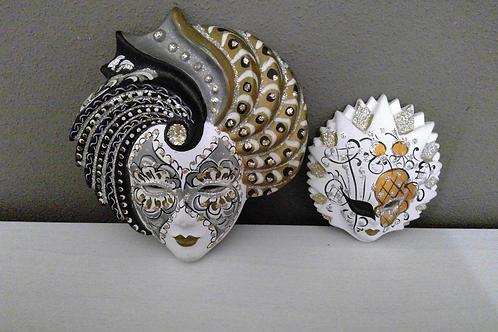 Keramische maskers